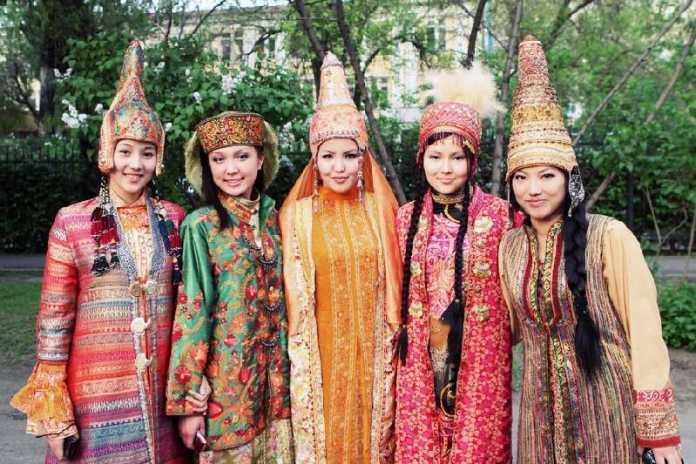 Suku-Suku Penghasil Wanita Tercantik Di Dunia