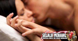 Beberapa Posisi Seks Yang Tak Sulit bagi Pria Buncit